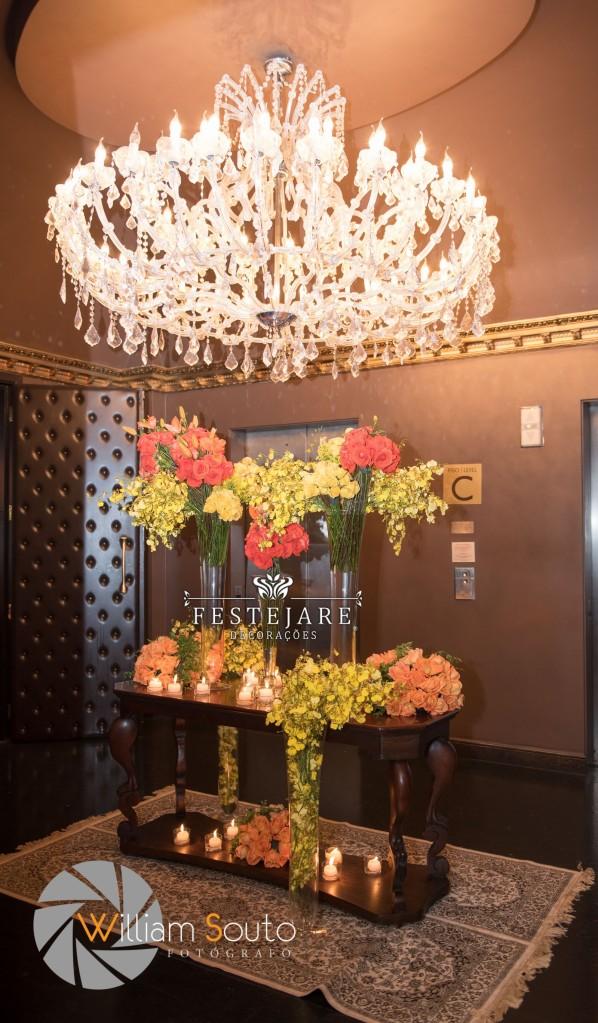 Instalação floral para o Hall do elevador do Club A, no World Trade Center em São Paulo.